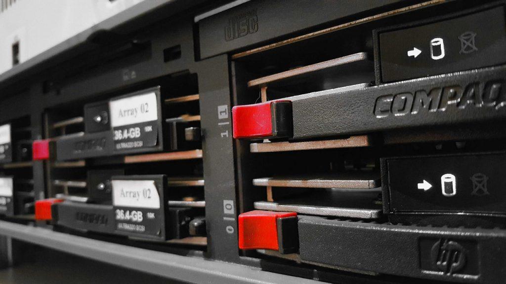 Server Network Computer  - frabre / Pixabay